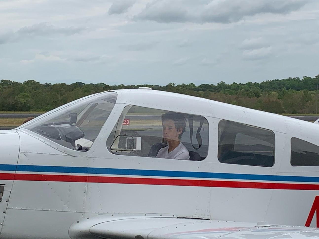Benjamin in plane